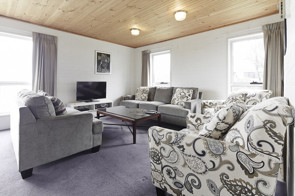 Moose 9 lounge 2014